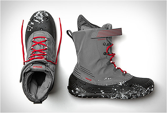 teva-chair-5-wp-snow-boot.jpg | Image