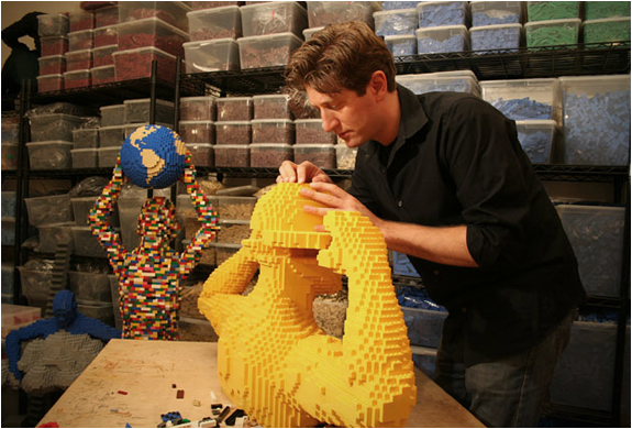 the-art-of-the-brick-a-life-in-lego-7.jpg