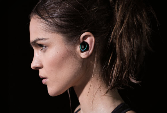 the-dash-wireless-in-ear-headphones-2.jpg | Image