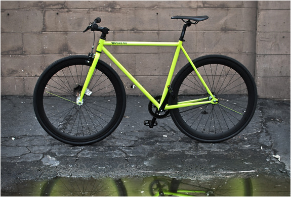 THE KILO | GLOW-IN-THE-DARK BIKE | Image