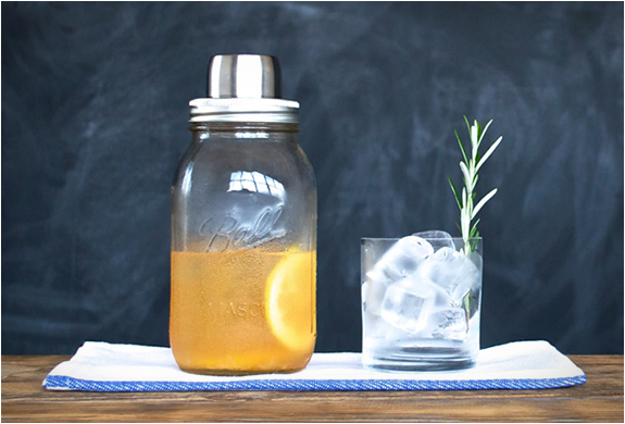 the-mason-jar-cocktail-shaker-6.jpg