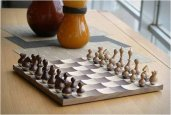 thum_wobble-chess-set.jpg