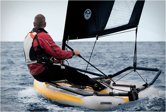 Tiwal | Inflatable Sailing Dinghy | Image