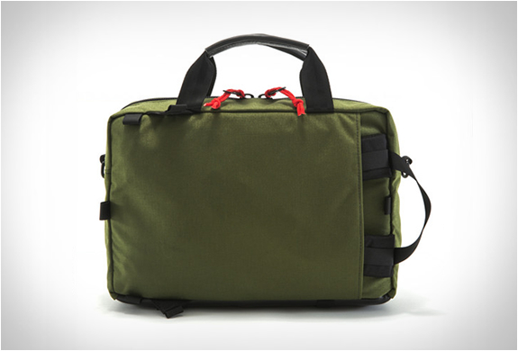topo-designs-commuter-briefcase-3.jpg | Image