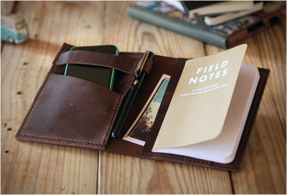 TRAVEL JOURNAL LEATHER COVER | Image