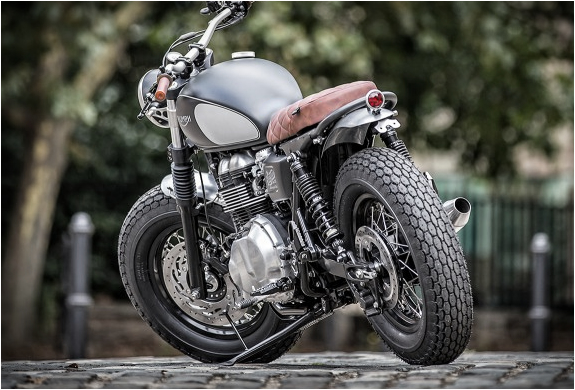triumph-bonneville-down-out-9.jpg