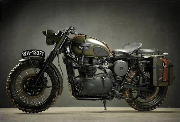 TRIUMPH GREAT ESCAPE | BY DRAGS & RACING | Image