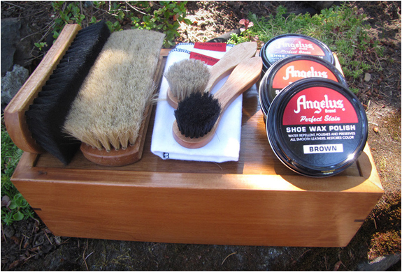ultimate-shoe-shine-kit-2.jpg | Image
