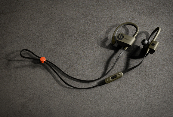 undftd-beats-powerbeats2-3.jpg | Image