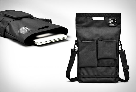 UNIT PORTABLES UNIT 01 SHOULDER BAG | Image