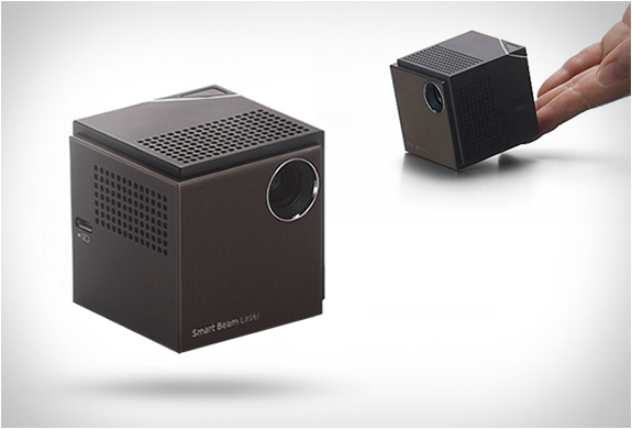 Uo Smart Beam Laser Projector | Image