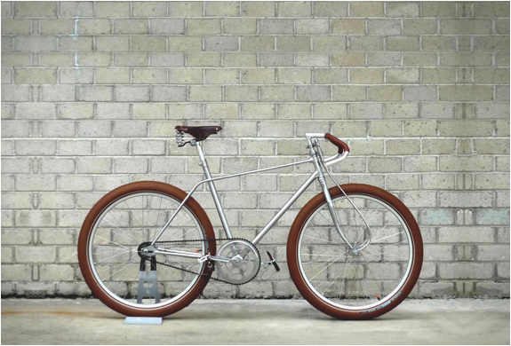 BISCOTTI MESSENGER BIKE | BY VANGUARD | Image