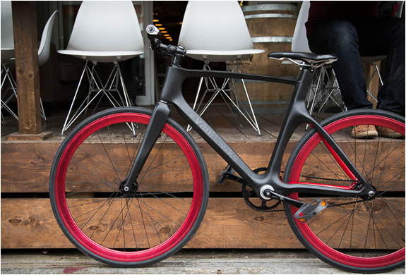 VANHAWKS VALOUR | SMART CARBON BIKE | Image