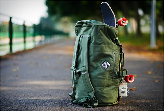 Joel Tudor Duffle Bag | By Vans