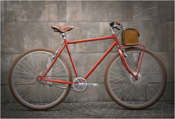 velorapida-vintage-electric-bikes-3.jpg | Image