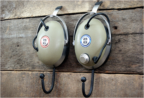VINTAGE HEADPHONE HANGERS | Image