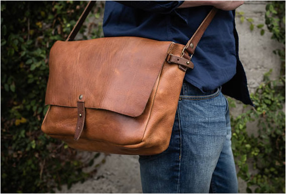 vintage-messenger-bag-whipping-post-4.jpg | Image