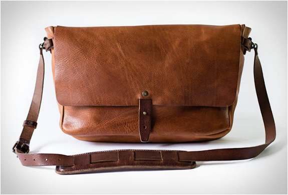 vintage-messenger-bag-whipping-post-5.jpg | Image