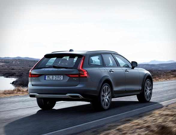 volvo-v90-cross-country-7.jpg