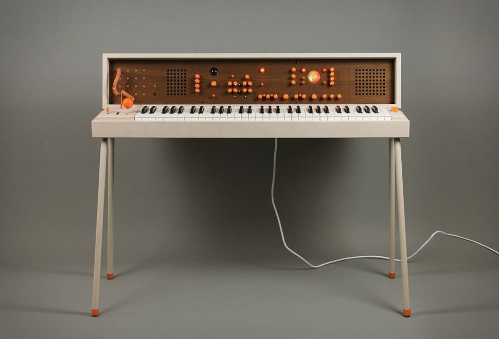 VOXARRAY 61 SYNTHESIZER | Image