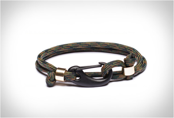 we-are-all-smith-paracord-bracelets-7.jpg