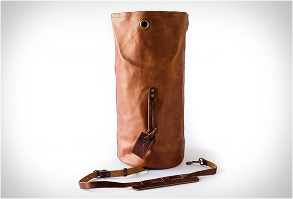 whipping-post-duffle-bag-4.jpg | Image