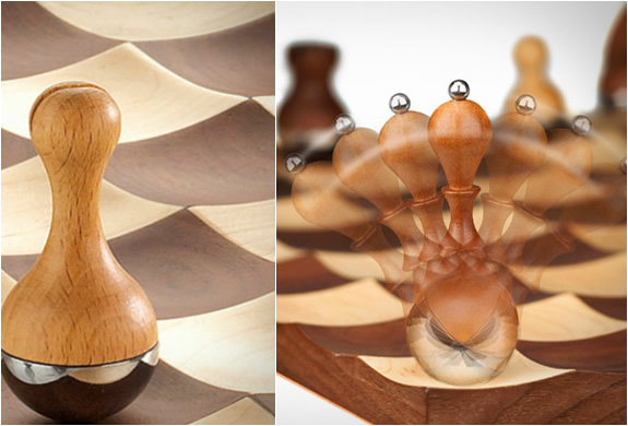 wobble-chess-set-4.jpg | Image