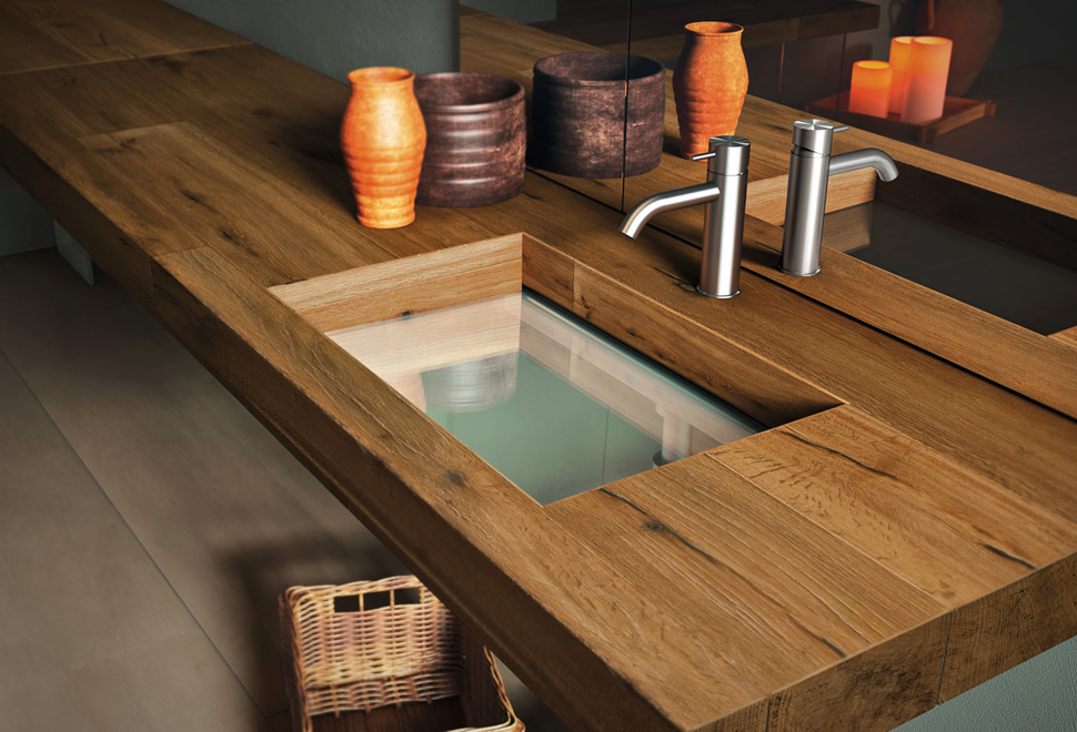 WOOD AND GLASS WASHBASIN | Image