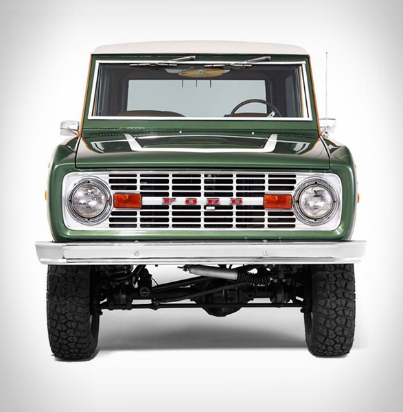 woody-ford-bronco-7.jpg