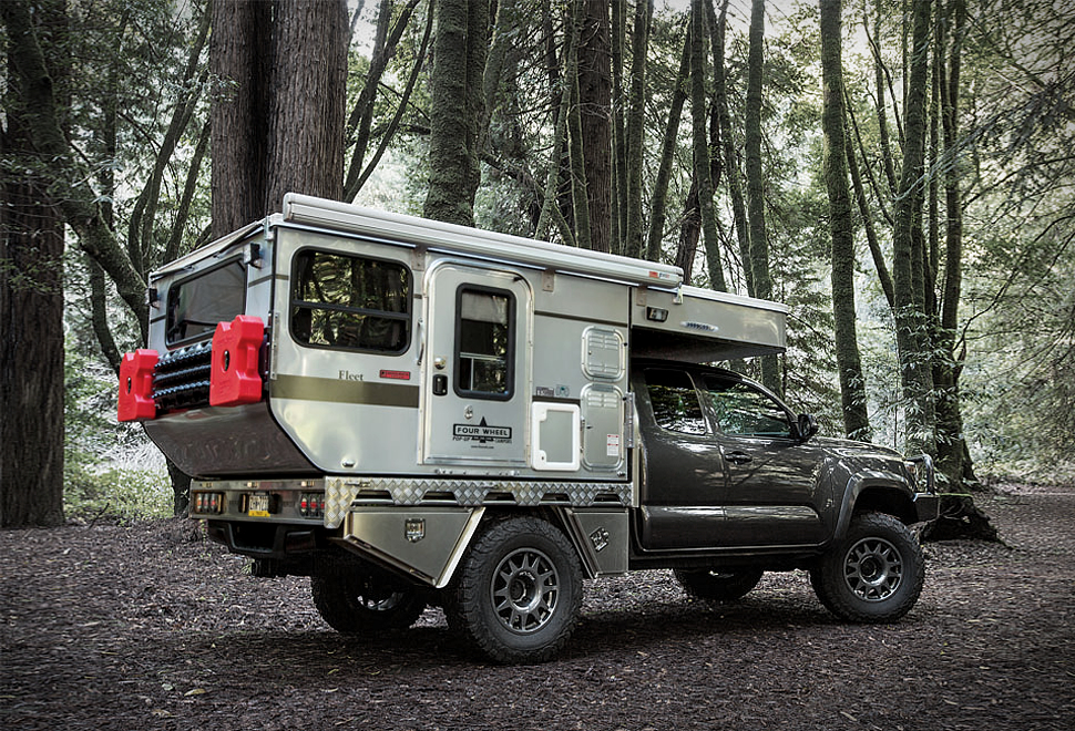 WOOLRICH FOUR WHEEL CAMPER | Image