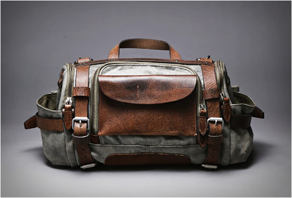 PARATROOPER CAMERA BAG | BY WOTANCRAFT ATELIER | Image