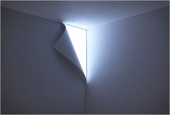 PEEL WALL LIGHT | BY YOY | Image