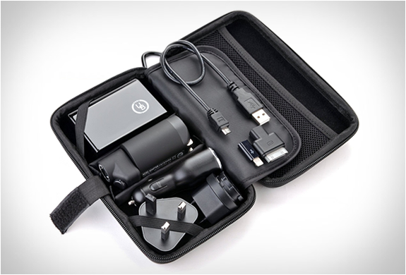 PREMIUM TRAVEL KIT | BY YUBI POWER | Image